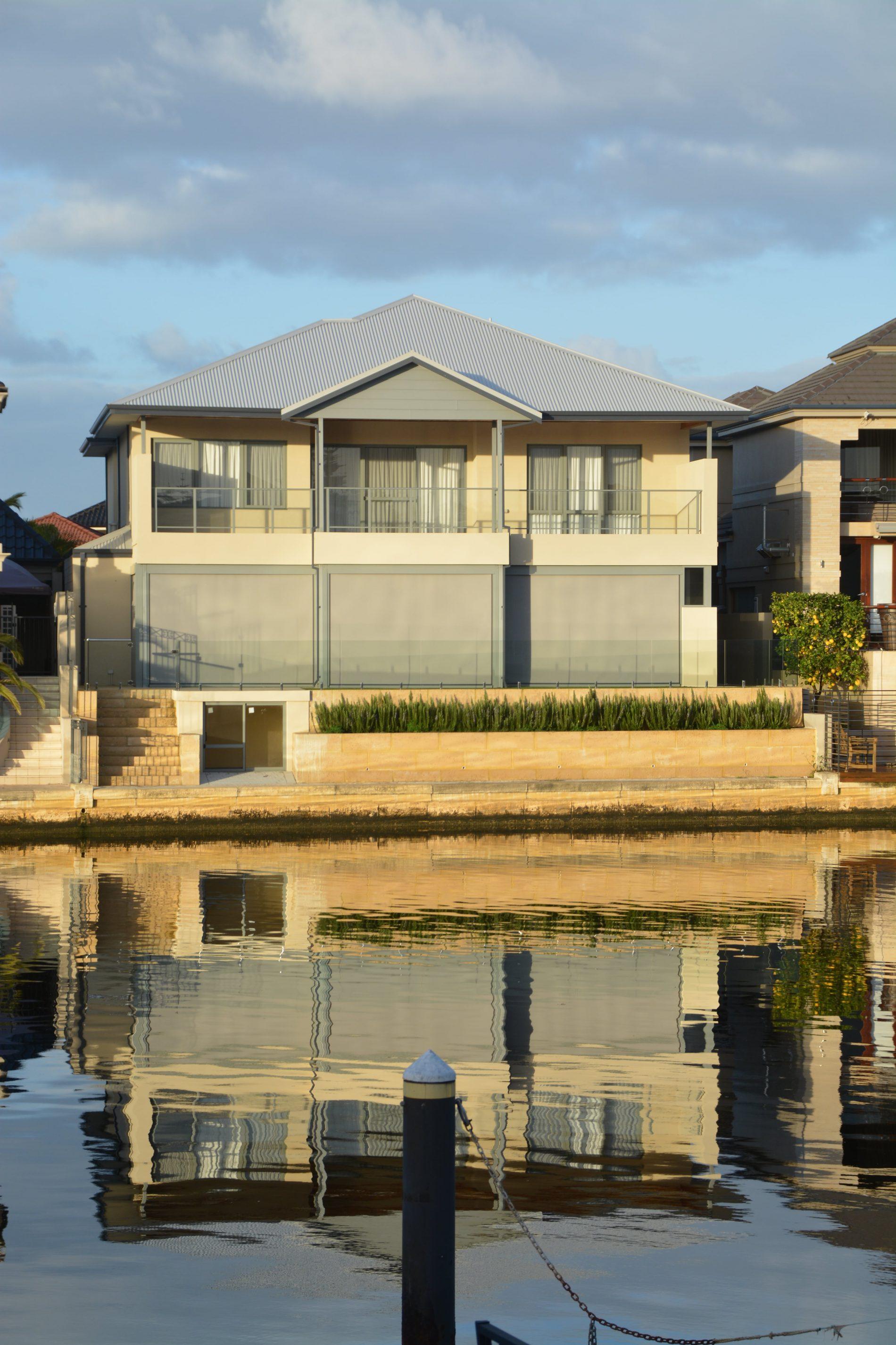 Mandurah Canal Home